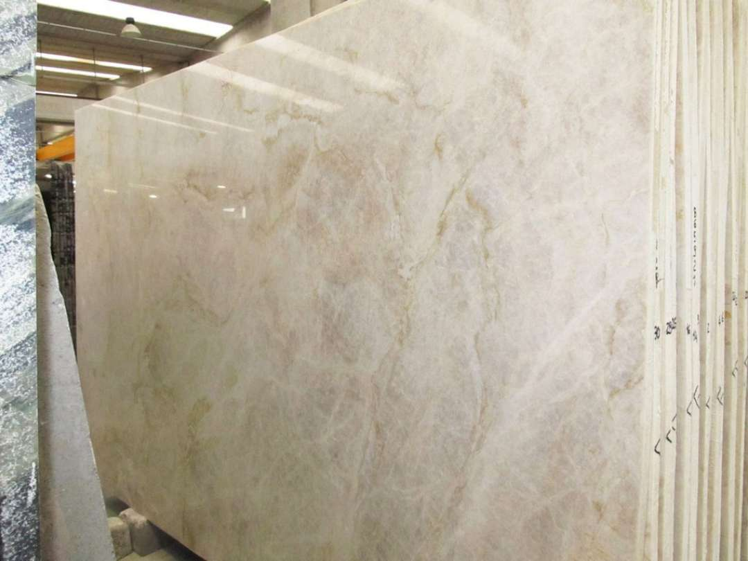 Perla venato quartzite polished marble x corp counter for Granito blanco romano